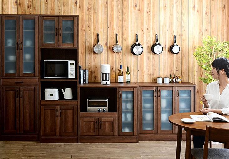 ナチュラルキッチン食器棚